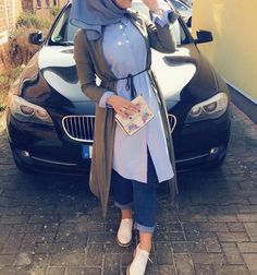 Muslim Women Fashion, Modern Hijab Fashion, Abaya Fashion, Modest Fashion, Eid Outfits, Fashion Outfits, Fashion Ideas, Modele Hijab, Mode Shoes