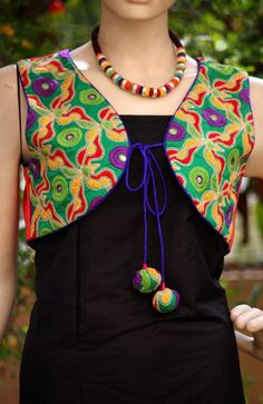 Stunning Jacket with kutch & Phulkari embroidery patterns to make you look chic, bright, beautiful and ethnic at any time. Churidhar Neck Designs, Dress Neck Designs, Designs For Dresses, Blouse Designs, Churidar Designs, Kurta Designs Women, Salwar Pattern, Kurti Patterns, Frock Fashion