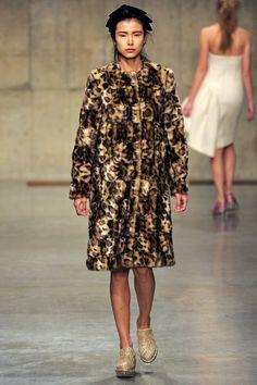 Simone Rocha - www.vogue.co.uk/fashion/autumn-winter-2013/ready-to-wear/simone-rocha/full-length-photos/gallery/934643