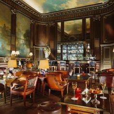 This is a Cognac room in Paris where they play amazing Jazz- Le Bar 228. I wanna go!!!