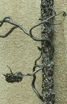 Сушников Tree Support, Iron Work, Blacksmithing, Metal Art, Metal Working, Sculptures, Hair Accessories, Statue, Inspirational
