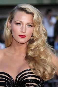 Blake Lively, fashion icon :)