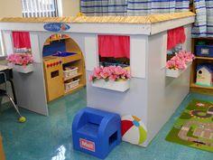 Mrs. Greene's Kindergarten Korner: Beach themed playhouse Kids Daycare, Home Daycare, Preschool Rooms, Playroom Organization, Cardboard Crafts, Dramatic Play, Kids Corner, Imaginative Play, Kids House