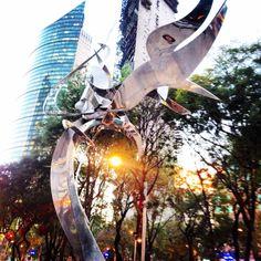 Leonardo Nierman Mexico City