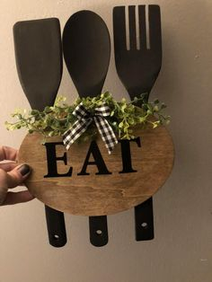 Diy Home Crafts, Cute Crafts, Decor Crafts, Dollar Tree Decor, Dollar Tree Crafts, Diy Kitchen Decor, Country Crafts, Primitive Crafts, Do It Yourself Home