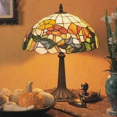 Louis Comfort Tiffany, Stained Glass, Glass Art, Table Lamp, Lighting, Tea Cups, Home Decor, Ceiling Light Fixtures, Table Lamps