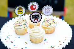 Love these back-to-school printable cupcake toppers from Forever Your Prints. You can print them on Avery 8255 full-sheet labels, then stick them back to back.