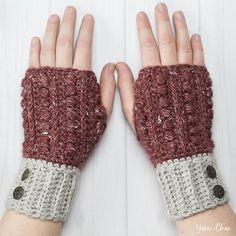 The Stitching Mommy: Crochet a Pair of Malia Wrist Warmers