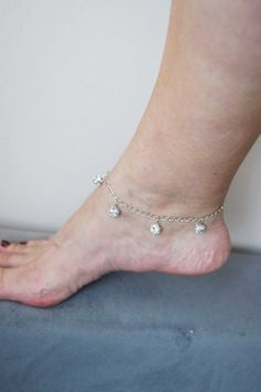 Sterling silver anklet with  Swarovski crystals   #necklace #accessories #women #bracelet #necklace #earrings  #woman #gifts #bodyjewelry #boho #gifts #trends  #Spring #fashion #wedding #bridal #barefootsandal #anklet