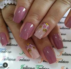 Mauve Nails, Gold Glitter Nails, Silver Nails, Pink Nails, Classy Nails, Stylish Nails, Trendy Nails, Flower Nail Art, Beautiful Nail Designs