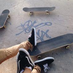 Musastral Skater Kid, Skater Girls, Skater Couple, Skate Boy, Skate Surf, California Surf, California Style, Southern California, Skates