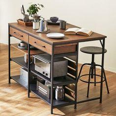 Diy Furniture Easy, Iron Furniture, Kitchen Furniture, Furniture Design, Industrial Kitchen Island, Kitchen Cabinet Remodel, Apartment Kitchen, Interior Design Kitchen, Cool Kitchens