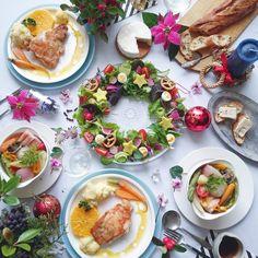 * * * ○ Chicken saute with Orange sauce. . . ○ Christmas wreath salad . ○ Colorful pot-au-feu . . ハウス食品さんから提供していただいた #GABAN クローブホールを使って、 クリスマス料理の提案のひとつとして 鶏肉のソテーオレンジソース添えを 作らせていただきました。 クローブの香りが 上品に香り、 オレンジソースになじみます。 . . 12月6日まで スパイスプレゼント企画してます! 詳しくは http://s.recipe-blog.jp/sp/r161201a まで♪ * * * #ギャバンでパーティ#クッキングラムモニター#クッキングラム#クリスマス#Xmas#とりあえず野菜食 via ✨ @padgram ✨(http://dl.padgram.com)