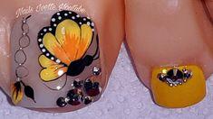 Pretty Toe Nails, Pretty Toes, Gold Nail Designs, Acrylic Nail Designs, Pedicure Nail Art, Toe Nail Art, Acrylic Toes, Nail Effects, Feet Nails