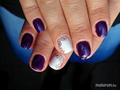 Tiger eye nails