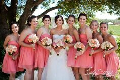Now that I've changed my date to June, I think I am going to do short B-Maid dresses like these! Flowers are gorg too.