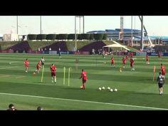 Bayern Munich Finalization Exercise - YouTube Soccer Practice Drills, Football Coaching Drills, Girls Soccer, Football Soccer, Soccer Gifs, Soccer Videos, Football Tactics, Pep Guardiola, Soccer Training