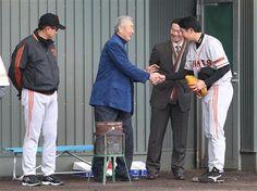 Tatsunori Hara, Masaichi Kaneda, Masumi Kuwata and Tomoyuki Sugano (Yomiuri Giants)