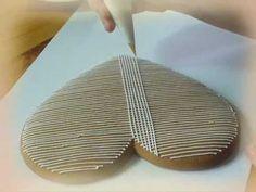 Mézeskalács díszítése keresztszemes mintával - YouTube