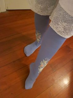 1870s inspired stockings with pattern, by thedreamstress.com
