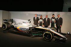 Andrew Green, Sahara Force India F1 Team Director técnico; Sergio Pérez, Sahara Force India F1 VJM10; El Dr. Vijay Mallya, dueño de Sahara Force India F1; Esteban Ocon, Sahara Force India F1 Team; Otmar Szafnauer, Sahara Force India F1 COO y el Sahara Force India F1 VJM10