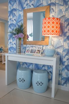 Ana Antunes | Sala de Estar | Living Room | Blue Inspiration | White Console Table | Palm Jungle Wallpaper | Ceramic Stools | Orange Lamphade | Wall Mirror | Home | Interior | Design