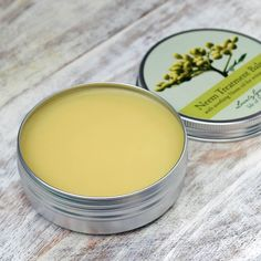 Psoriasis Diet - Handmade Healing Balm for Eczema and Psoriasis Psoriasis Cream, Eczema Psoriasis, Eczema Symptoms, Anastasia Beverly, Organic Skin Care, Natural Skin Care, Oils For Eczema, Eczema Remedies, Herbal Remedies