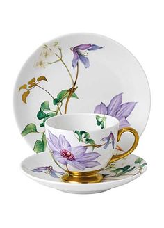 Floral Eden Footed Cup & Saucer Set by Wedgwood Tea Cup Set, Cup And Saucer Set, Tea Cup Saucer, Tea Sets, Teapots And Cups, Teacups, China Tea Cups, How To Make Tea, Wedgwood