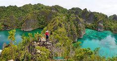 VISIT RAJA AMPAT INDONESIA www.rajaampat.biz #rajaampat #rajaampatbiz #travel #indonesia #tourindonesia #travelindonesia #visitindonesia #indonesiatravel #wonderfulindonesia #vacation #Индонезия #journey #holiday #bali #インドネシア Tour Operator, Okinawa, Bora Bora, Maldives, Places To See, Dreaming Of You, Hawaii, Bali Beach, Journey