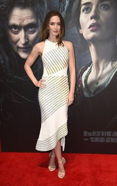 """Emily Blunt At The Gala Screening Of """"Into The Woods"""" In London"""