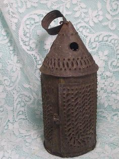 Early 1800s PUNCHED TIN LANTERN 19th cent Paul Revere Style / arch pattern #Americana