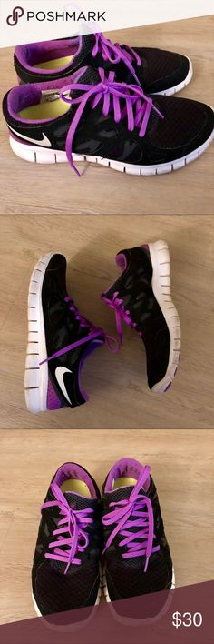 the latest 36c41 dea24 NIKE Free Run 2 Sneakers ✓ •used, good condition with no holes 📦SHIPS SAME  OR NEXT DAY Nike Shoes Sneakers