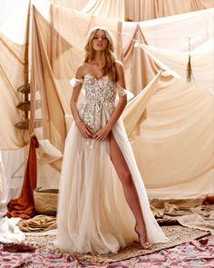 Civil Wedding Dresses, Princess Wedding Dresses, Wedding Dresses Plus Size, Best Wedding Dresses, Boho Wedding Dress, Wedding Gowns, Muse By Berta, Badgley Mischka Bridal, Romantic Lace