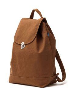 Backpack // Chestnut www.gatzino.com