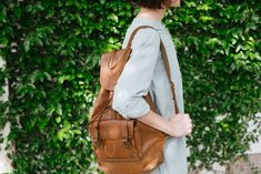 1000+ Interesting Leather Backpack Photos · Pexels · Free Stock Photos Vintage Leather Backpack, Leather Bag, Brown Leather, Photo Backpack, Sling Backpack, Free Stock Photos, Free Photos, Sport Wear, Fashion Wear