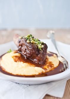 Beef Short Ribs Braised in Red Wine. Beef Short Ribs Braised in Red Wine. The ultimate comfort food. My Recipes, Beef Recipes, Cooking Recipes, Favorite Recipes, Recipies, Braised Short Ribs, Braised Beef, Brunch, Beef Dishes