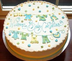 Very cute baby shower cake. Simple enough, I think?