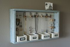 Alternative jewerly holder. Simple DIY project.