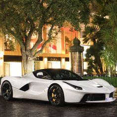cool Ferrari LaFerrari...  cool cars Check more at http://autoboard.pro/2017/2016/12/21/ferrari-laferrari-cool-cars/