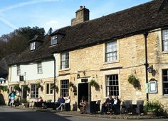 11 Beautiful Cotswolds Villages You Need To See - To Europe And Beyond Cool Places To Visit, Places To Travel, Travel Destinations, English Village, English Cottages, Places In Scotland, Day Trips From London, English Country Style, Cultural Significance