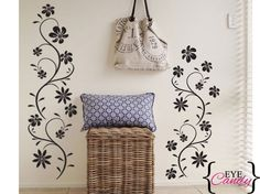 Vinyl wall art -curly floral