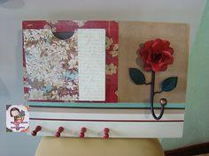 Painel cabideiro e porta correspondencia