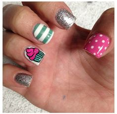 I need these cupcake nails but a cupcake on each finger nail. Get Nails, Love Nails, Pretty Nails, Cupcake Nail Art, Nail Art And Spa, Gucci Nails, Colorful Nail Art, Super Cute Nails, Funky Nails