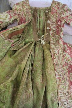RESERVED~ Early 18th Robe à la Française, rare saque (sack) back, c 1730 Lace…