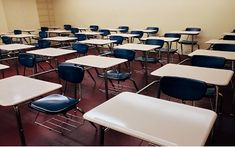 Classroom layout tips from experienced high school teachers Education Quotes For Teachers, Elementary Education, Higher Education, Education Grants, Religious Education, Teacher Blogs, Elementary Science, Childhood Education, Health Education