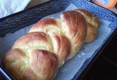 Foszlós kalács kenyérsütőben Zitától