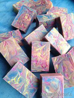 Savon multicolores
