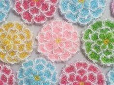 Crochet Alphabet, Knitting Patterns, Crochet Patterns, African Flowers, Crochet Kitchen, Baby Socks, Diy Home Crafts, Crochet Fashion, Knitting Socks