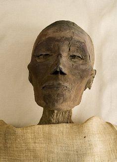 The Royal Mummies and portraits Bog Body, Egypt Mummy, Ancient Egypt History, Egyptian Mummies, Egyptian Mythology, Egypt Art, African Men, African American History, Skeletons