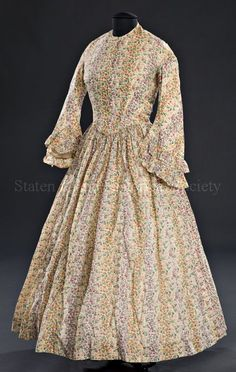 Object Name Dress Alternate Name Day Dress Date Description Woman's day dress. Victorian Gown, Victorian Costume, Victorian Fashion, Vintage Gowns, Vintage Outfits, 1850s Fashion, Women's Fashion, Antique Clothing, Historical Clothing